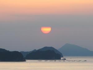 陽はまた昇る、伊勢湾から昇る太陽・・・1 - 米沢より愛をこめて・・