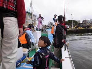 江ノ島でいとう丸釣り教室@カワハギ . - ほぼ月刊  爆 釣 団