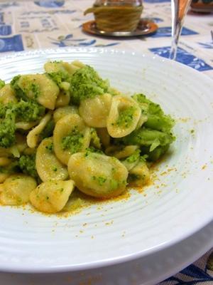 オレッキエッテ ブロッコリのソース #orecchiette con salsa di broccoli - La Dolce Vita