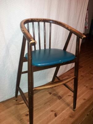 椅子つながり。。。 - ココモスキ