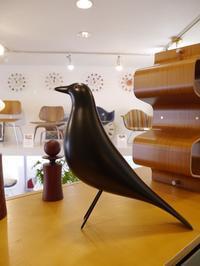 今年の干支は「酉」。是非オススメしたい世界で一番有名な鳥のオブジェがあります♪ - GLASS ONION'S BLOG