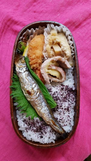 たけのこの煮物とエビフライ弁当 - Bento 40s