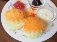 スコーンと本日の紅茶セット:ラビット・クリーク・ティールーム(弘前市) - 津軽ジェンヌのcafe日記