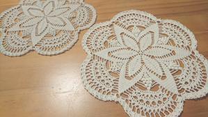 昔編んだドイリーをもう一度編む - 色編(いろあみ)雑貨 【レース編みとアクセサリー】