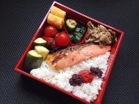 7/14 鮭弁当 - ひとりぼっちランチ