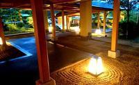 夕方の玄関 - 金沢犀川温泉 川端の湯宿「滝亭」BLOG