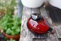 iittala Birds by Toikka -Puffball #3 cranberry - buckの気ままなblog。