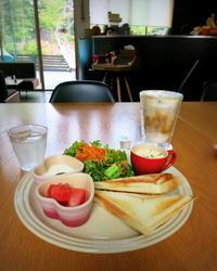 The Sugar Spot Coffee * 器と野菜の直売&ホットサンドブランチ♪ - ぴきょログ~軽井沢でぐーたら生活~