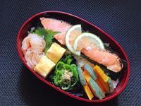 9/12 鮭弁当 - ひとりぼっちランチ