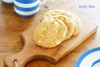 homemade white choco-chip cookies  ホワイトチョコチップクッキー - teddy blue