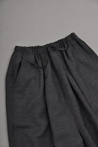 ゴーシュ W/A Twill 9/10 Wide Pants (Charcoal Gray) - un.regard.moderne