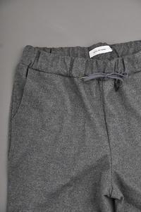 STILL BY HAND  Wool Jersey Easy Pants (Gray) - un.regard.moderne