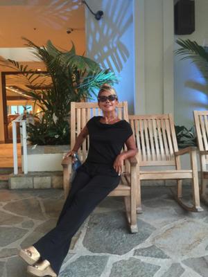 ハワイでも大活躍だった綺和美の白髪ケア - Regina×マダム松澤のクリスタルルーム
