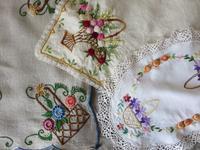 9月22日のお買い物>刺繍のマットたち - a manoのお買い物日記