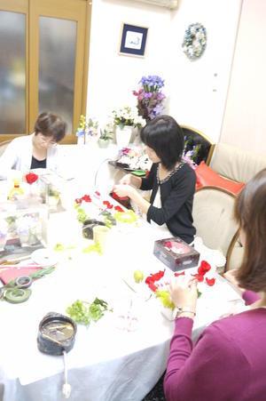 新郎へ結婚祝い・・・・受付アレンジをプレゼント - 盛岡市フラワースクール&ショップ♡ブーケの北の花籠