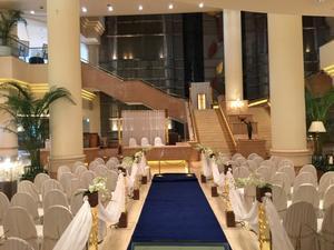 Wedding Ceremony - I WANT A GOOD WATCH