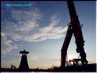 工事中の今津灯台 - 心に響く光景