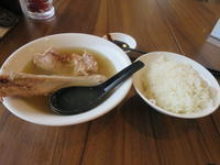 Founder Bak Kut Teh Restaurant(発起人肉骨茶餐室) - よく飲むオバチャン☆本日のメニュー