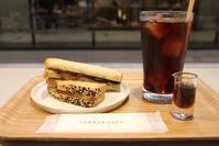 TORAYA CAFE/青山店 - 平日、会社を休んだら