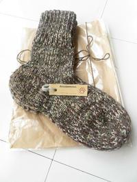 猪谷さんの靴下 - 山麓のくらしと編み物