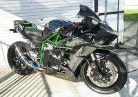 CM効果? Kawasaki Ninja H2 - シートチューニングならカールズバッドへ-Yamaha SRX,BUELL系施工例日本一掲載(多分)