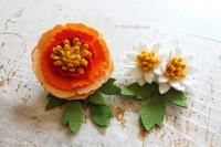 クチュリエ×PieniSieniコラボキット「フェルトで作るお花ブローチ~シャクヤク~」 - ビーズ・フェルト刺繍作家PieniSieniのブログ