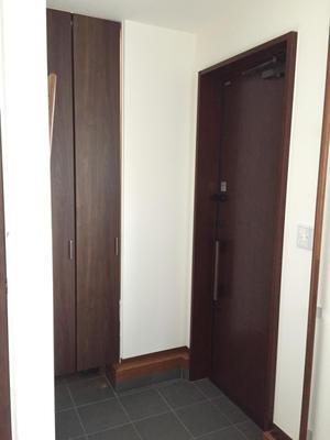 【内覧会】玄関土間収納  シューズインクローク - ゆみへいのお家