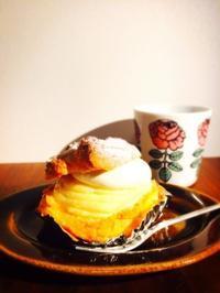 ジャンボなシュークリーム@神楽坂 - うつわ愛好家 ふみの のブログ