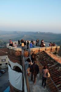 ピエモンテの小さな町、モンカルヴォ - ヴェネツィア ときどき イタリア・2