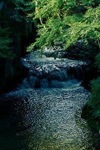 全然ジブリじゃないぞの滝 - Yume-maboroshi