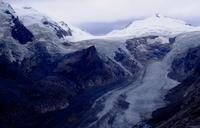 オーストリア・アルプスの最高峰と巨大な氷河の雄大な展望 - dezire_photo & art