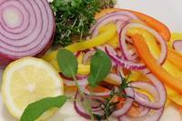 ビタミンカラーのお野菜といつのもアレで手抜きディナー! - WITH LATTICE