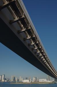 高速下 - akiy's  photo