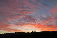 夕焼けに雲燃えて、晩秋のペルージャ - ペルージャ楽しく美しいイタリア語・日本語屋 なおこのブログ - Fotoblog da Perugia