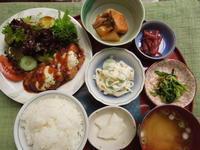 チーズONチキンカツ★(^^♪・・・・・700円ランチ - 日だまりカフェ