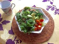 海外では何を食べるか? 海外生活談義シリーズ - Hawaiian LomiLomi  ハワイのおうち 華(レフア)邸