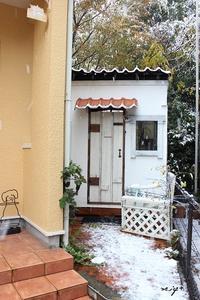 DIY小屋の雪景色♪関東まさかの11月にして大雪です - neige+ 手作りのある暮らし