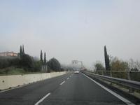 霧深きテベレ川渓谷2、ペルージャから南へ - ペルージャ イタリア語・日本語教師 なおこのブログ - Fotoblog da Perugia