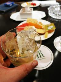 クラブラウンジのアペリティフタイム:リーガロイヤルホテル大阪 - あれも食べたい、これも食べたい!EX