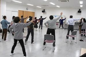 戸板いきいき健康教室(28年度⑧)「誰でもできる健康体操」「閉講式」 - 金沢市戸板公民館ブログ