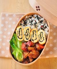 即席煮物弁当とエリンギベーコン巻き弁当 - 家族へ 健康弁当