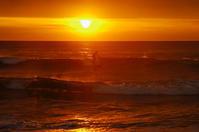 冬の朝一サーファー - 雲空海