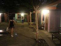 これが青春だ!カラオケ料理屋までパタヤの夜の街を走り抜けろ - kimcafeのB級グルメ旅