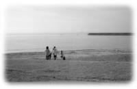 冬の浜辺で... - 心のカメラ / more tomorrow than today ...
