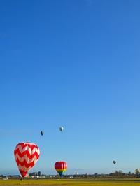 プカプカ熱気球・・・☀    朽木小川・気象台より - 朽木小川・気象台より、高島市・針畑郷・くつきの季節便りを!