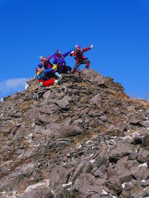 有珠山でボルトポーズ、12月3日-速報版- - デジカメ持って野に山に