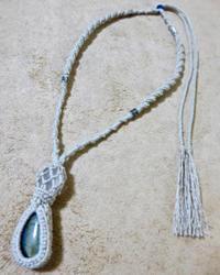 【マクラメ&ヘンプ】#90 ラブラドライト×水晶のネックレス - Shop Gramali Rabiya   (SGR)