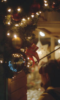 Christmas Market - Through The Finder