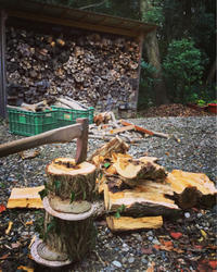 薪割りとシチュー - 織部 服部泰美 hattori yasumiの陶芸と日々雑感 <越前の土のぬくもりを届けよう会>