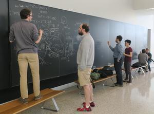「重力は一番弱い」 という予想 - 大栗博司のブログ